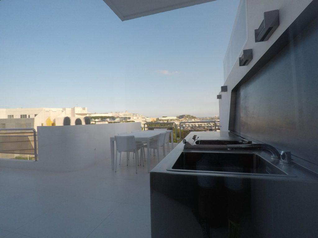 19 Ibiza Kingsize.com