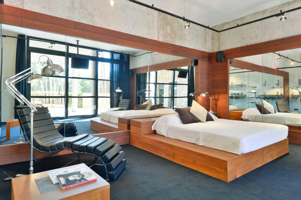 4 Ibiza Kingsize Villa In Can Furnet