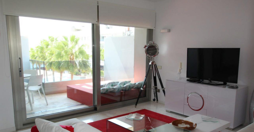 Apartment In Playa Den Bossa 10004