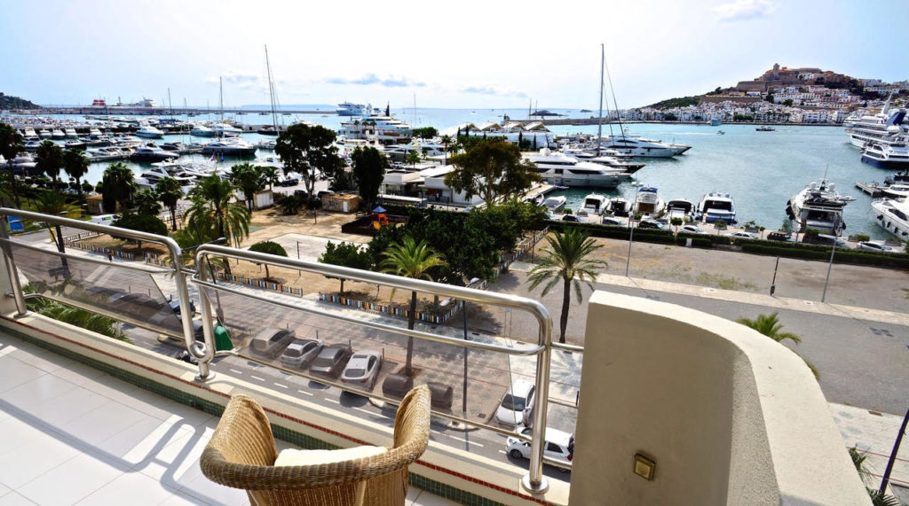 Duplexapartment Front Line Paseo Maritimo 1