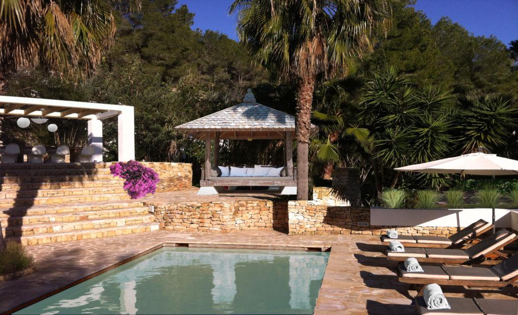 House Garden Pool 1