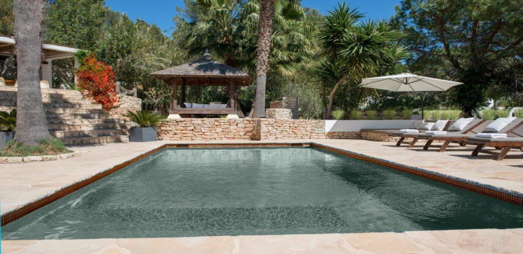 House Pool 4 1
