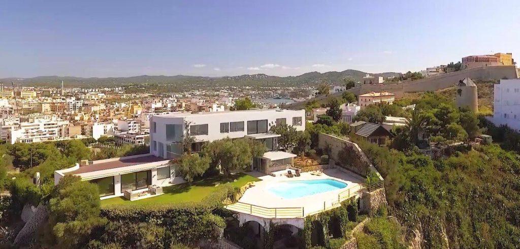 Ibiza AT 19