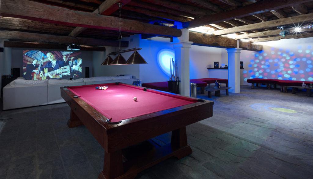 Ibiza Lizard Lounge Games Room And Cinema
