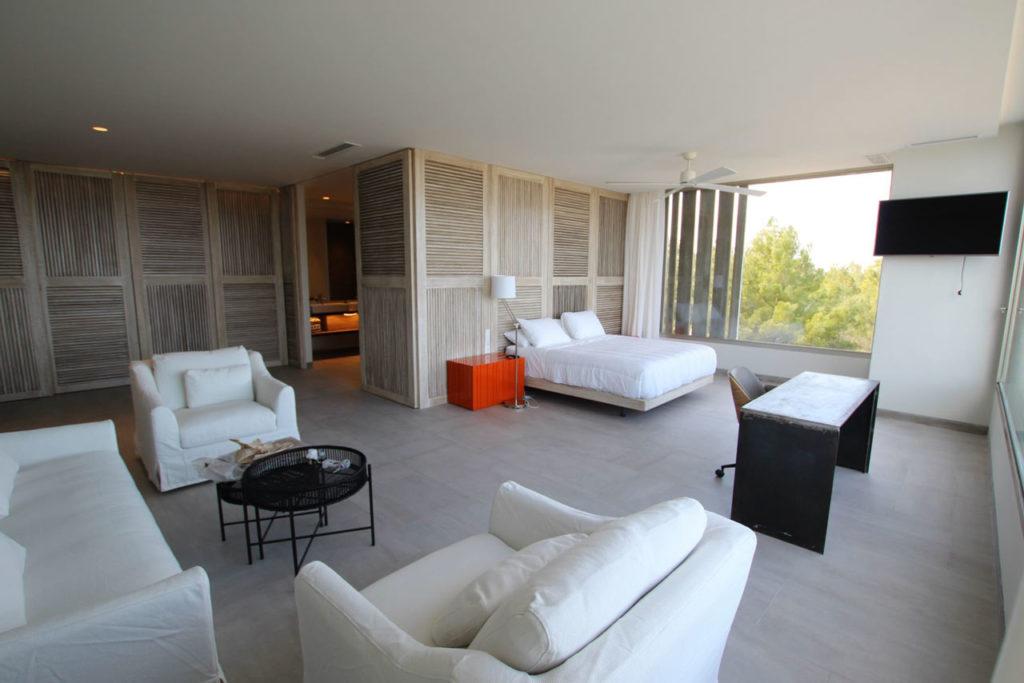 Villa And Plot In PORTINATX 35