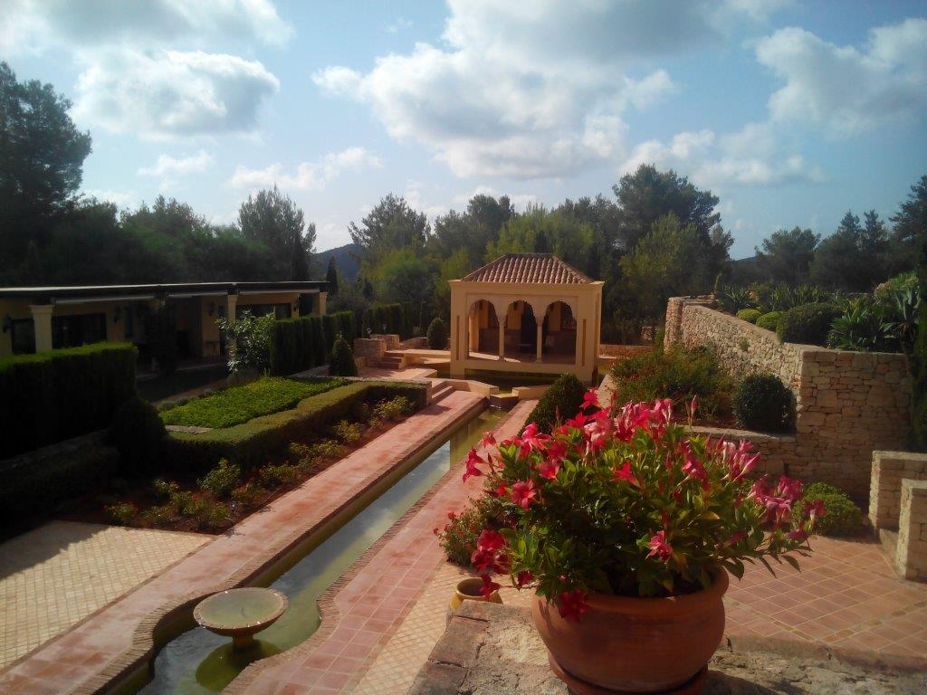 Villa In Santa Eularia 2 1