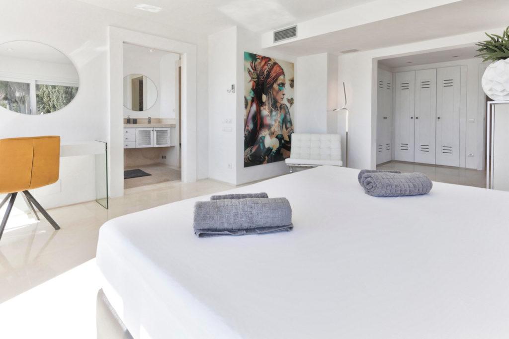 Bedroom With Bathroom En Suite Talamanca Ibiza