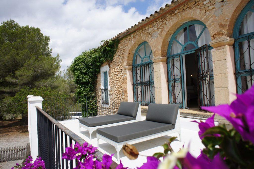 Big Villa Flower Power Ibiza