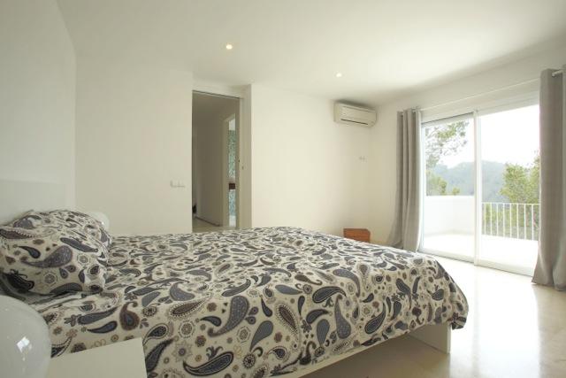 Clean Fresh New White Villa Ibiza