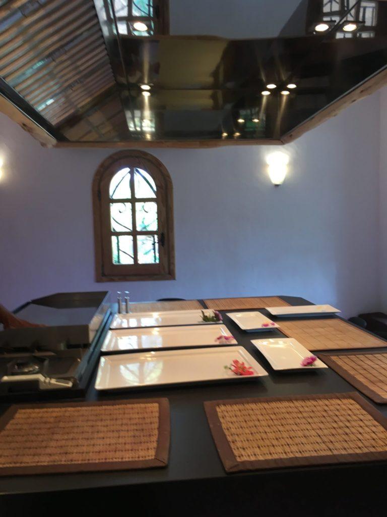 Dining Room Table Ibiza Villa Plates