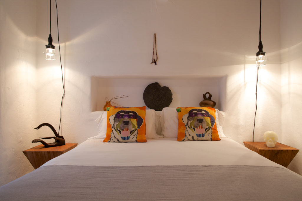 Finca Quirky Wooden Beams Tiger Bed Special Traditional Ibiza White