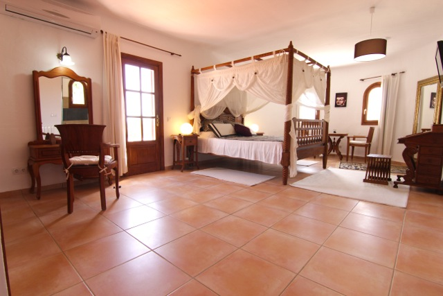Four Poster Bed Finca Ibiza Villa
