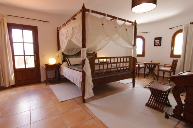 Four Poster Bed Ibiza Villa Stunning