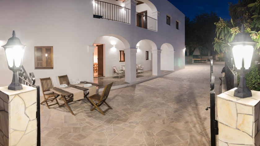 Gorgeous Traditional Arches White Walls Classic Ibiza Villa