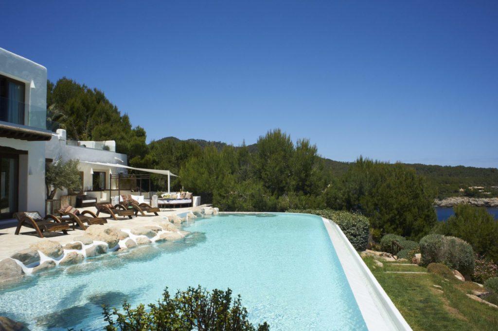 Holiday Villas Ibiza Main Guest House Pool