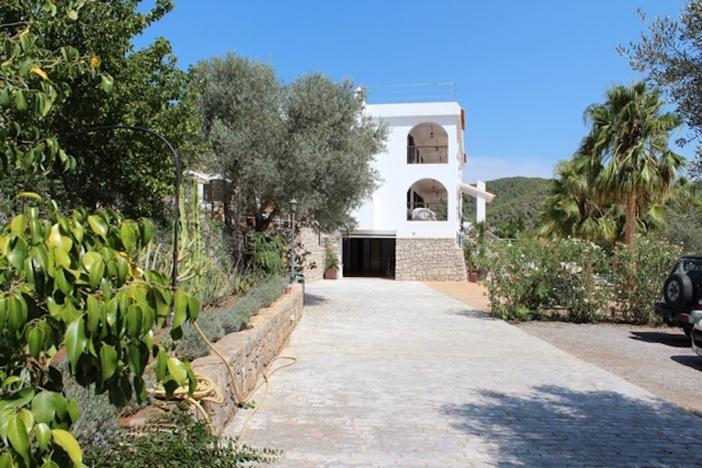 House Driveway Ibiza Villa Arches Car Park