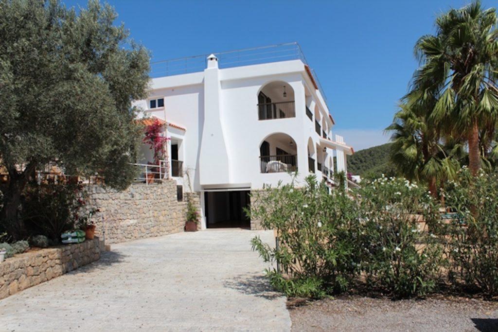 House Ibiza Villa Arches Car Park Driveway