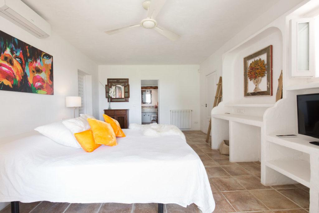 Ibiza Villa Finca Cosy Charming Stunning Luxury Character Modern Art Bedroom