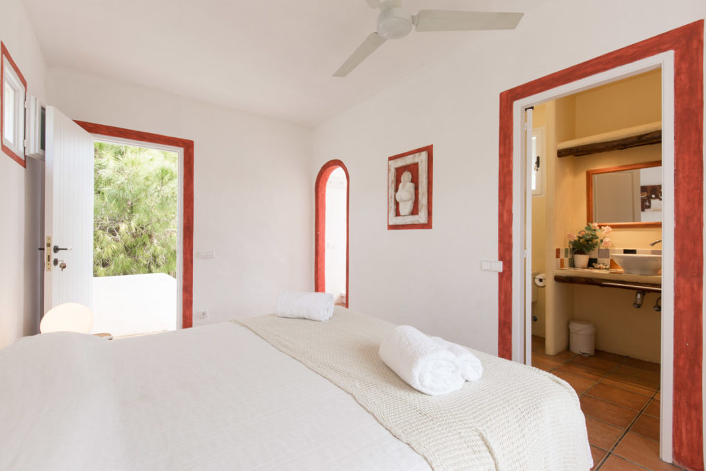 Ibiza Villa Finca Cosy Charming Stunning Luxury Character Modern Art Bedroom Double