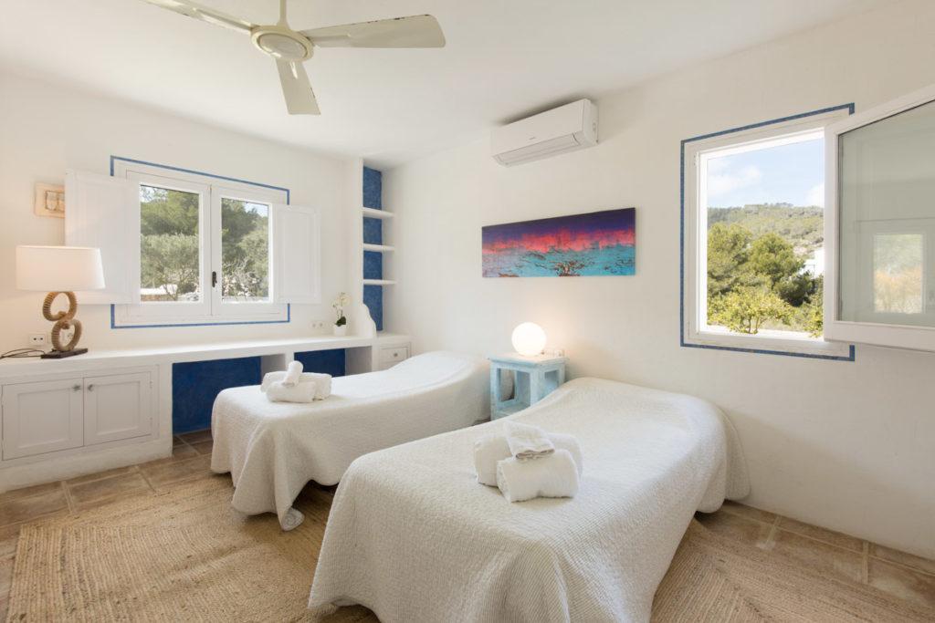 Ibiza Villa Finca Cosy Charming Stunning Luxury Character Modern Art Single Bedroom