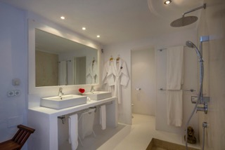 Ibiza Villas Direct Porroig Bathroom Double Sink