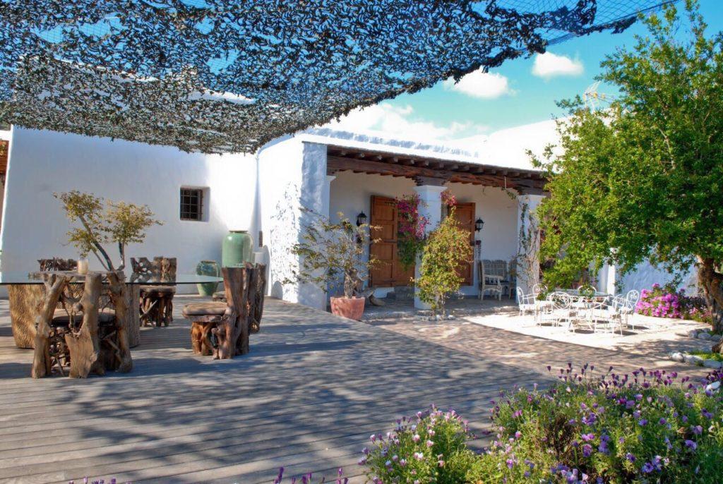 Ibiza Wooden Villa Driveway Beams Exterior