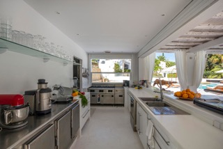 Luxury Family Villas Ibiza Kitchen