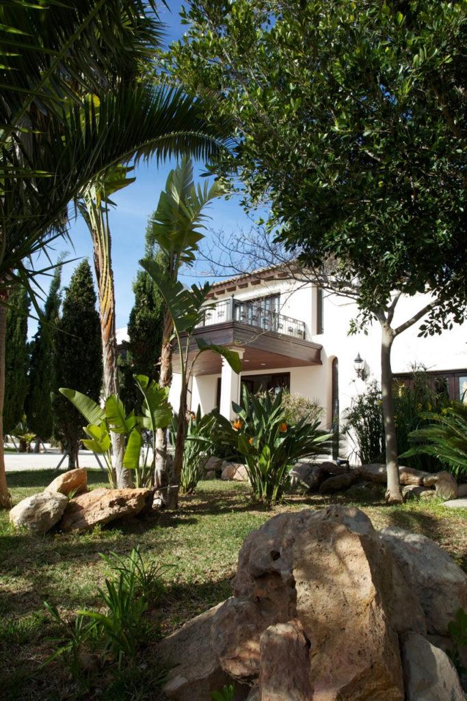 Luxury Rentals Ibiza Villa Cala Jondal 26