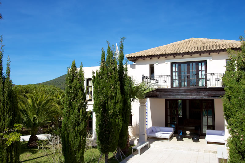 Luxury Rentals Ibiza Villa Cala Jondal 4