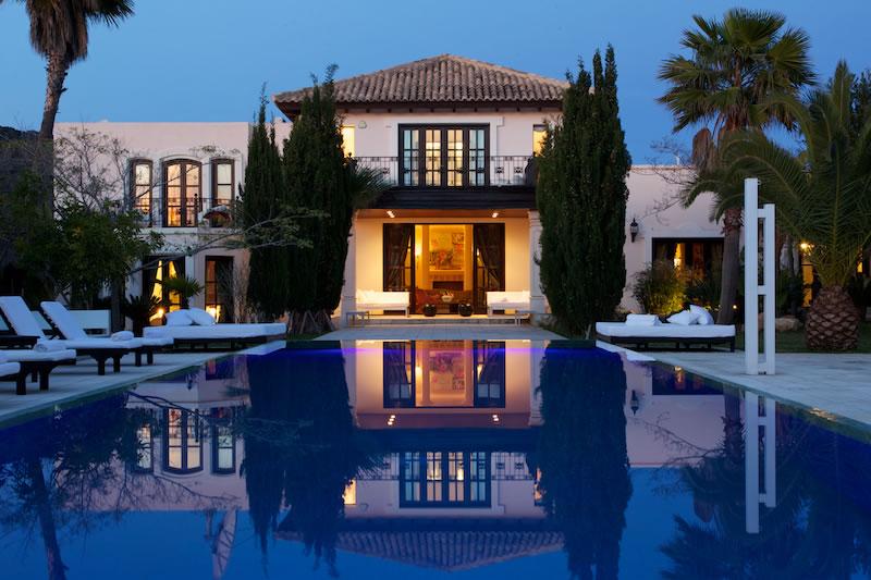 Luxury Rentals Ibiza Villa Cala Jondal 40
