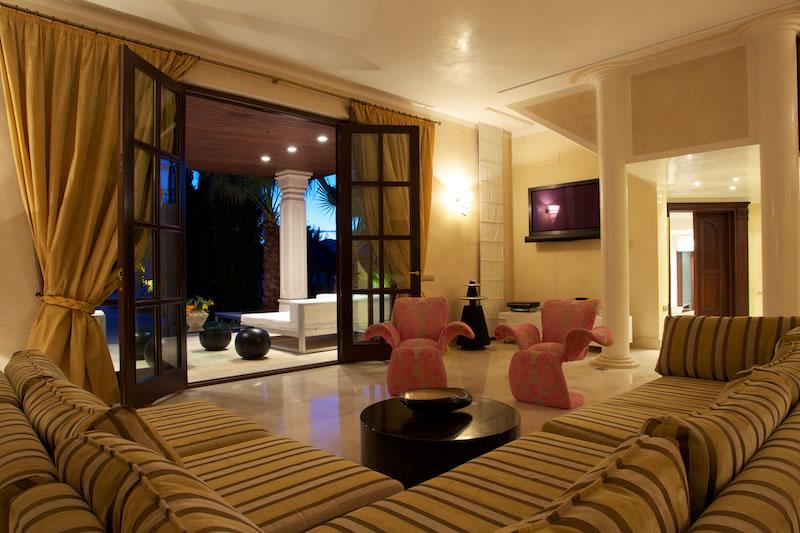 Luxury Rentals Ibiza Villa Cala Jondal 41