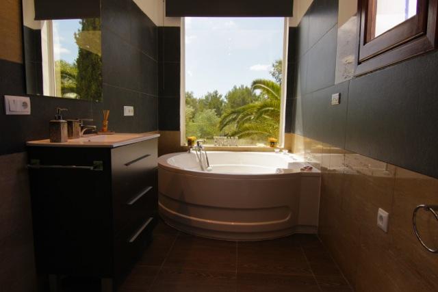 Modern Jacuzzi Bath Ibiza Villa With A View