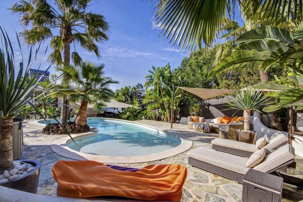 Nice Garden Big Pool Ibiza