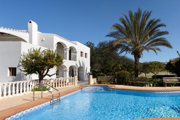 Pool Villa Ibiza Traditional Style
