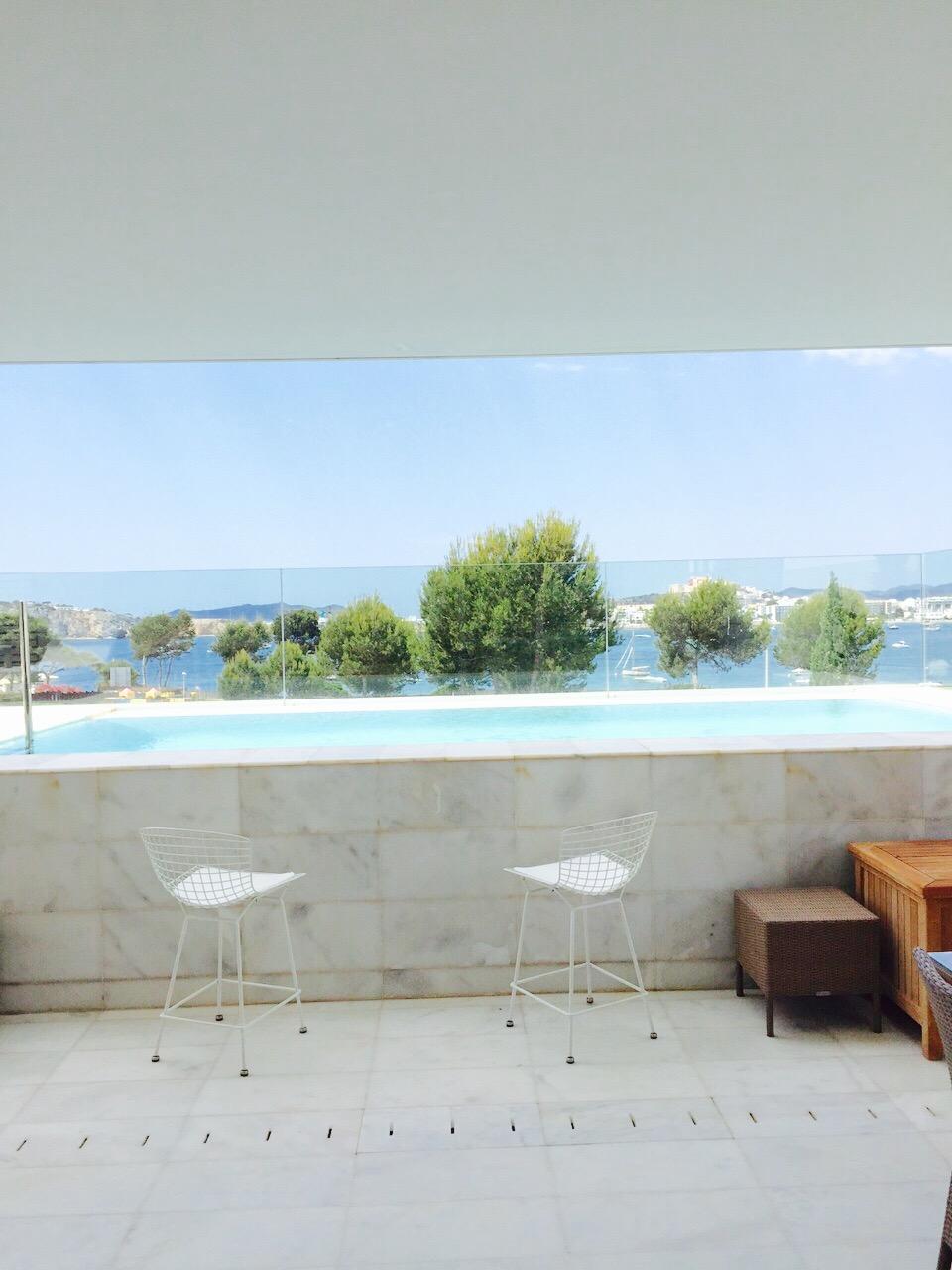Poolside Contemporary Stylish Villa Ibiza Bar