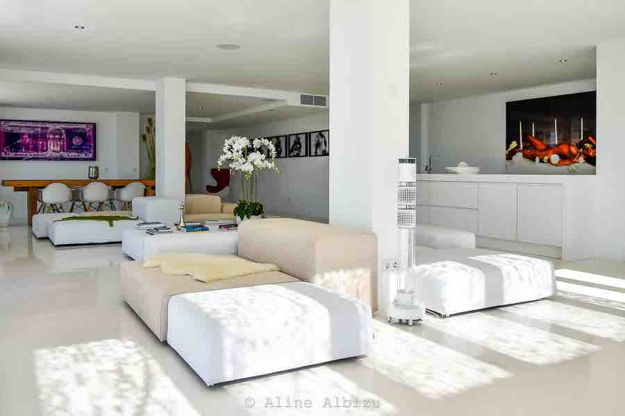 Sea Contemporary Villa Luxury View Living Area