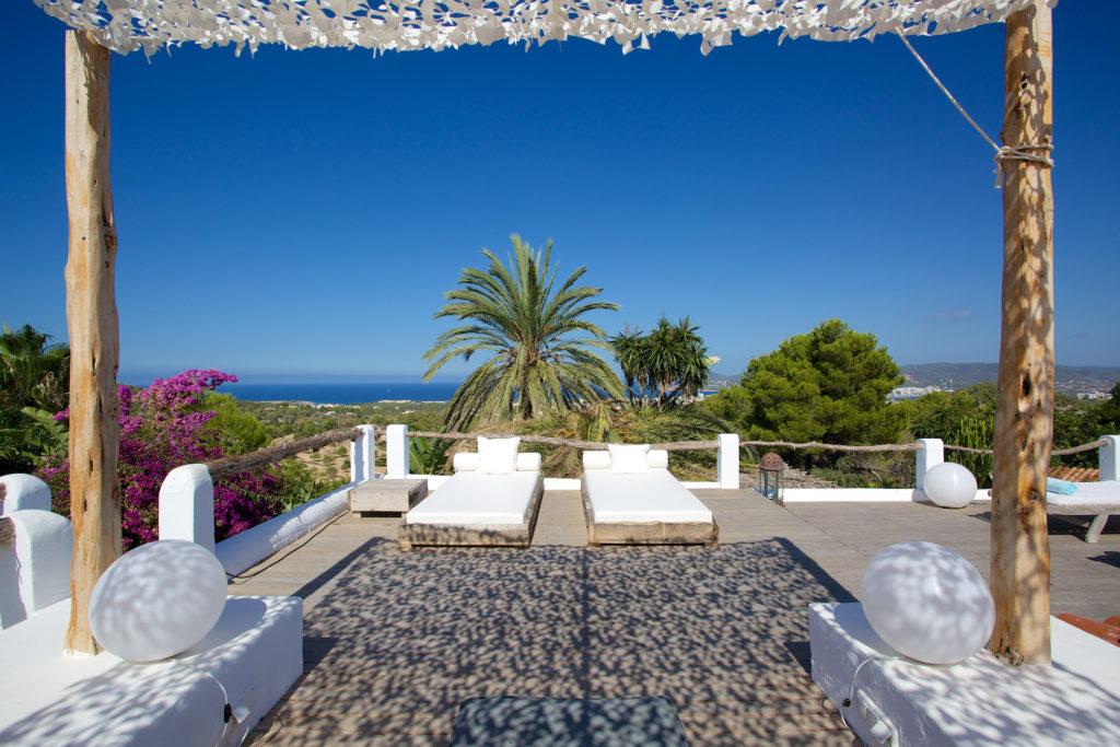 Sun Comfort Relax Terrace Ibiza Villa Soaked