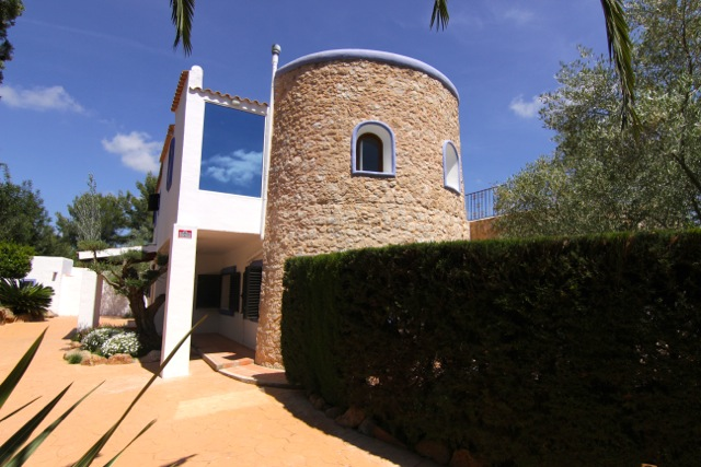 Turret Villa Stone Traditional White Ibiza Style