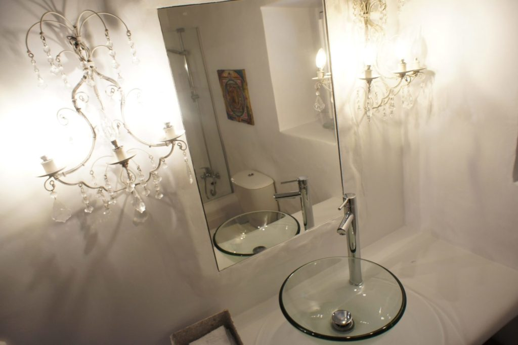 Villa Bathroom Nice Ibiza Chandelier Luxury