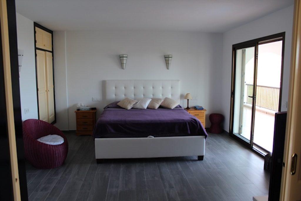 Villa Ibiza Double Bed Bedroom Purple