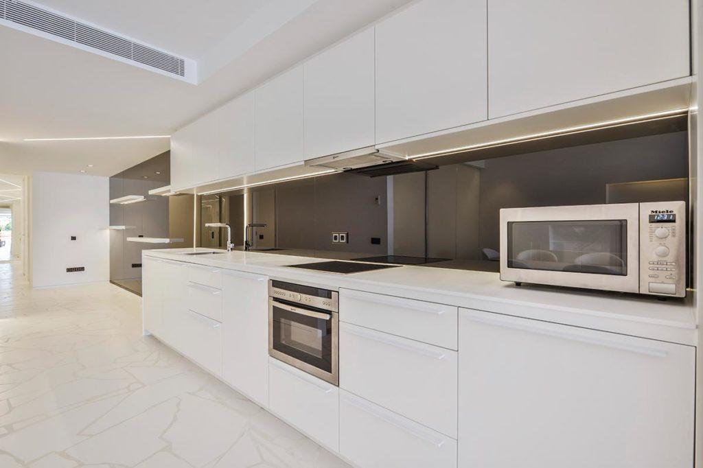 Villa Ibiza Kitchen Modern Clean Chef Vip