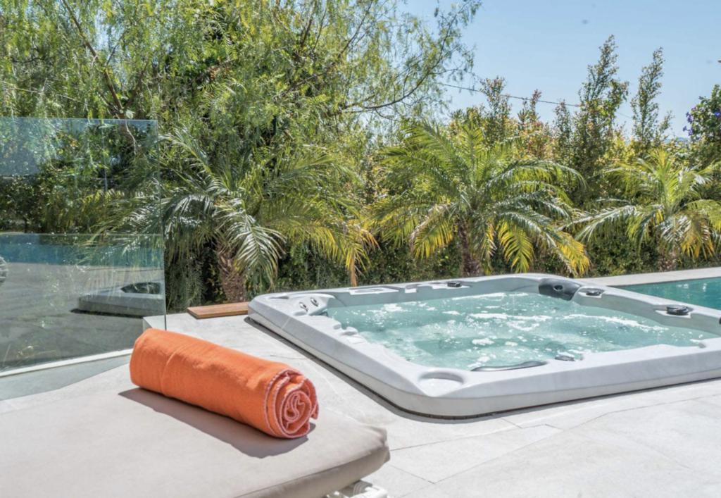Whirlpool On The Teracce Talamanca Ibiza