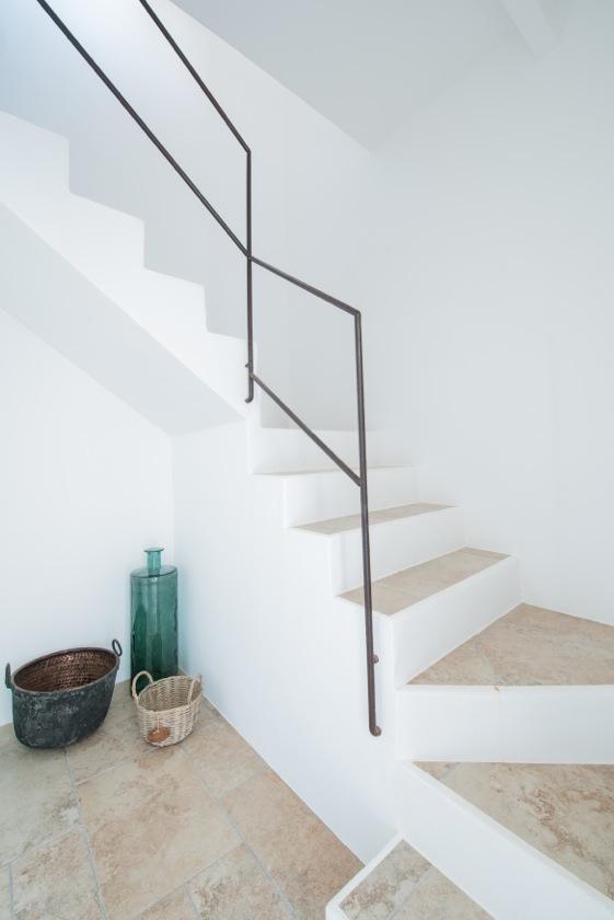 White Steps Contemporary Modern