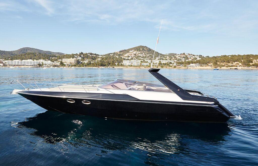 37 Sunseeker Tomahawk Ibiza Boat