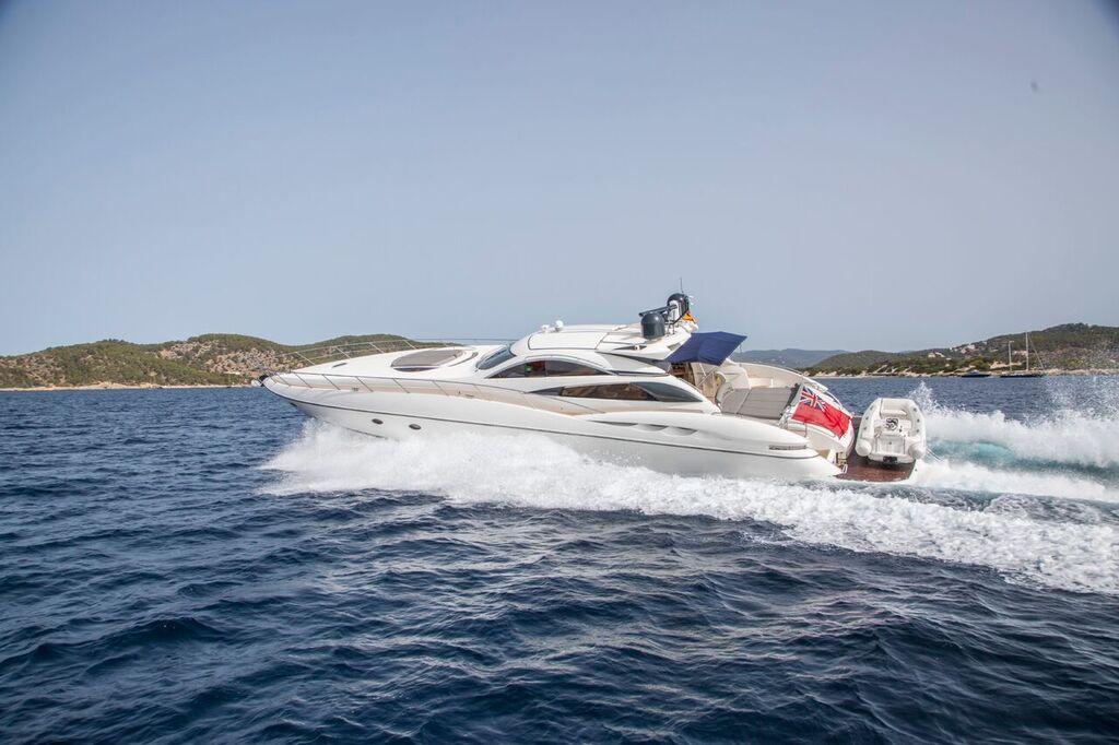 Super Yacht 75 Sunseeker Predator Ibiza