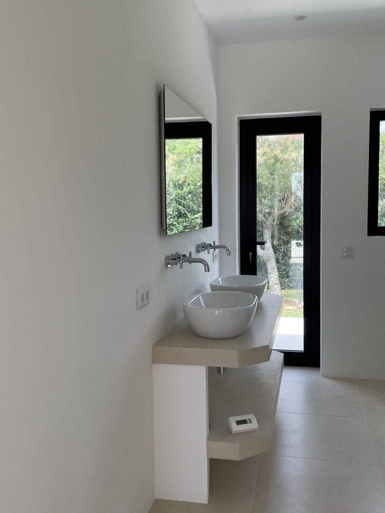19 Villa With Amazing Views Ibiza Kingsize.com
