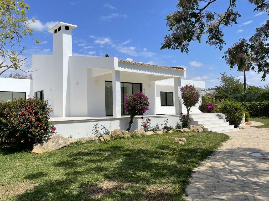35 Villa With Amazing Views Ibiza Kingsize.com