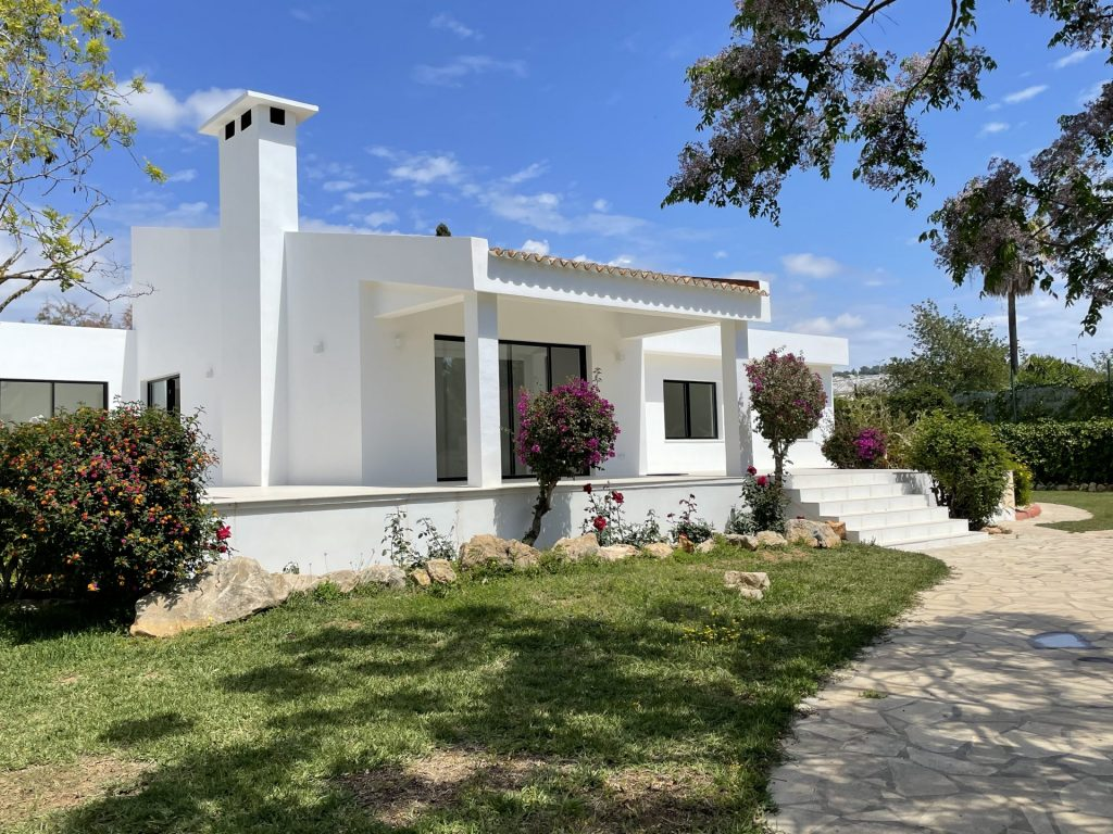 36 Villa With Amazing Views Ibiza Kingsize.com