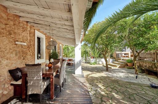 14 Villa Santa Gertrudis Ibiza