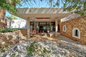 2 Villa Santa Gertrudis Ibiza